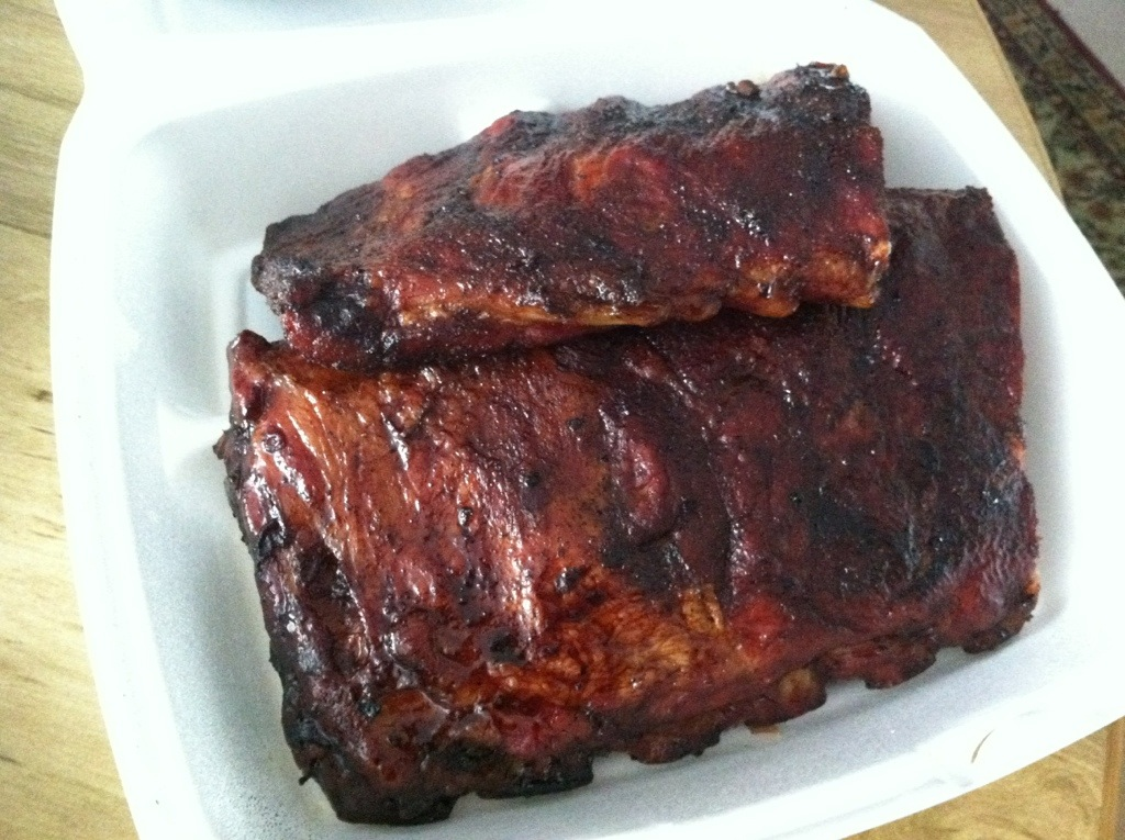 Piggy's BBQ - St. Louis Ribs