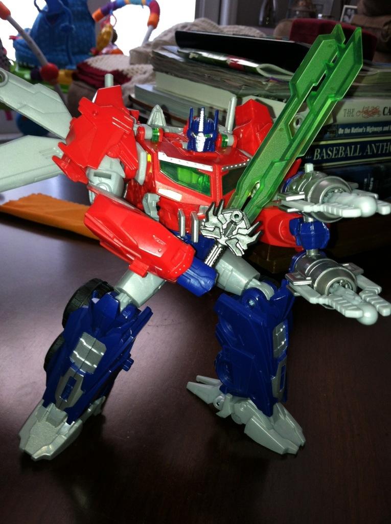 Optimus Prime - Transformers Prime Beast Hunters - Voyager